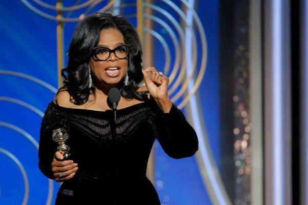 """Il discorso """"presidenziale"""" di Oprah ai Golden Globes"""